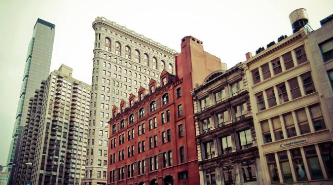 apartments-1868142_1280